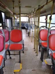 Vendo ônibus escolar Mercedes