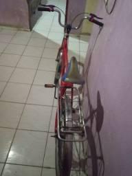 Vende-se  bicicleta  monark  muito conservada