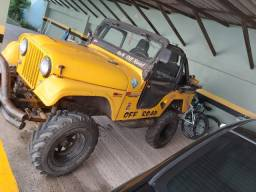 Jeep Willys 1966 Amarelo