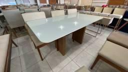 Mesa de jantar nova pintura laka e madeira