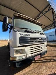 VOLVO 380 FH12 6x4 (em juara)