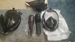 Duas máscaras de mergulho novas