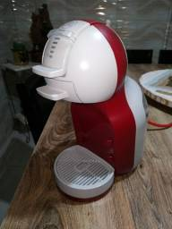 Cafeteira Nescafe Dolce Gusto<br><br>