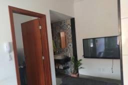 Apartamento de um quarto mobiliado