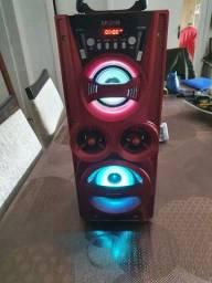 Caixa de som potente com led