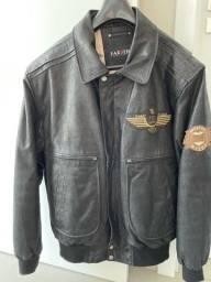 Vende-se jaqueta de couro novissima!!!