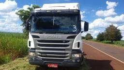 Scania P/360 2013 6x2 automático