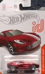 HotW - ID Aston Martin