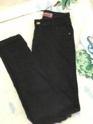 Calça  Jeans-$35