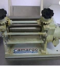 Cilindro de massa Camargo