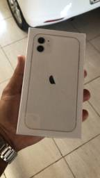 iPhone 11 64gb lacrado .