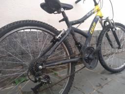 Bicicleta Caloi aro 24 21 marchas