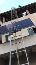 Elevador guincho para placas solares e outros materias