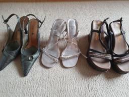 3 calçados 33/34 por 50,00