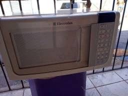 Microondas Electrolux 23 litros ZAP 988-540-491 dou garantia