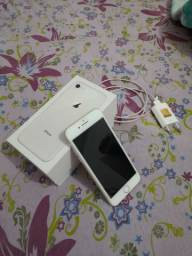 IPhone 8 128 GB de memória três meses de uso