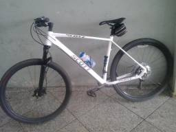 Bicicleta aro 29 scott usada