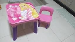 Mesa cadeira Barbie em Dourados
