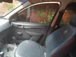 Chevrolet prisma - 2010
