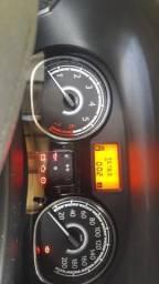 Renault Sandero Novo - 2012