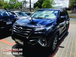 Toyota Hilux SW4 SRX 2.8 Preto - 2018