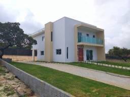 Casa a estrear, 4/4, 200m2,condomínio em Pium