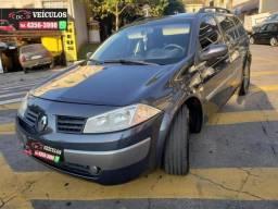 Renault Megane Grand Tour Dynamique 2.0 Automático em Excelente estado
