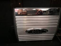 Modulo Boss 1200 watts 4 canais