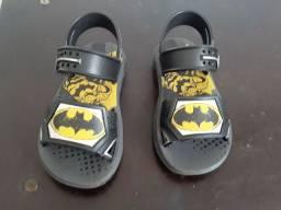 Sandália original do Batman 26/27 Grendene Novo
