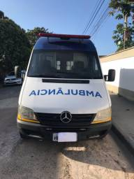 Ambulância Sprinter 313 CDI teto alto