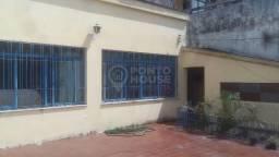 Sobrado com 3 dormitórios, 1 suíte e 3 vagas de garagem à venda no Ipiranga.