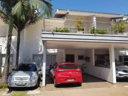 8430 | Sobrado à venda com 3 quartos em Country, Cascavel