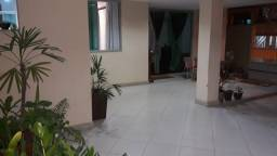 Vendo casa localizada em Linhares, Juparanã