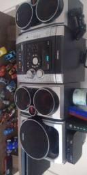 Som Toshiba super forte com 3 caixas