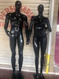 Vendo manequim preto (feminino e masculino)