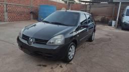 Clio sedan 2008/2009 completo em ótimo estado