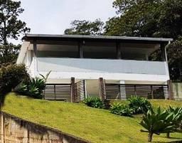 Vendo Maravilhosa Casa Reformada: 3 Amplas Suites em Petrópolis. Ótimo Ponto