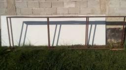 Chapa de ACM de segunda mão, de cor branco com estrutura