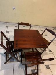 Conjunto Mesa e Cadeiras Itaipava