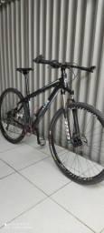 Bike RAVA aro 29 em estado de nova
