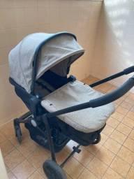 Carrinho de bebê importado