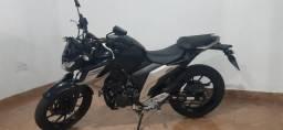 Yamaha FZ 25 Fazer ABS 2019 Preta