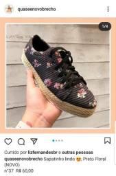 Sapato preto Floral 37