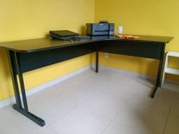 Vendo mesa de escritório + cadeira giratória (usados)