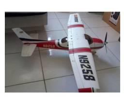 Aeromodelo Cessna Skyline - Troco por Notebook