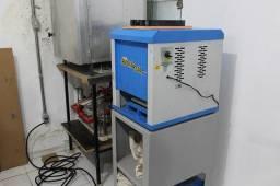 Máquina De Fazer Chinelo Automática- Chinelomaq Com 15 Facas
