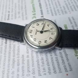 Relógio Raketa Soviético