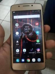 Moto G5 normal está com trinco na tela mas pega tudo perfeitamente