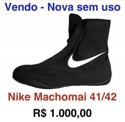 Bota Nike Machomai