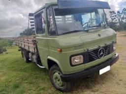 Mercedes-Benz 608 1985